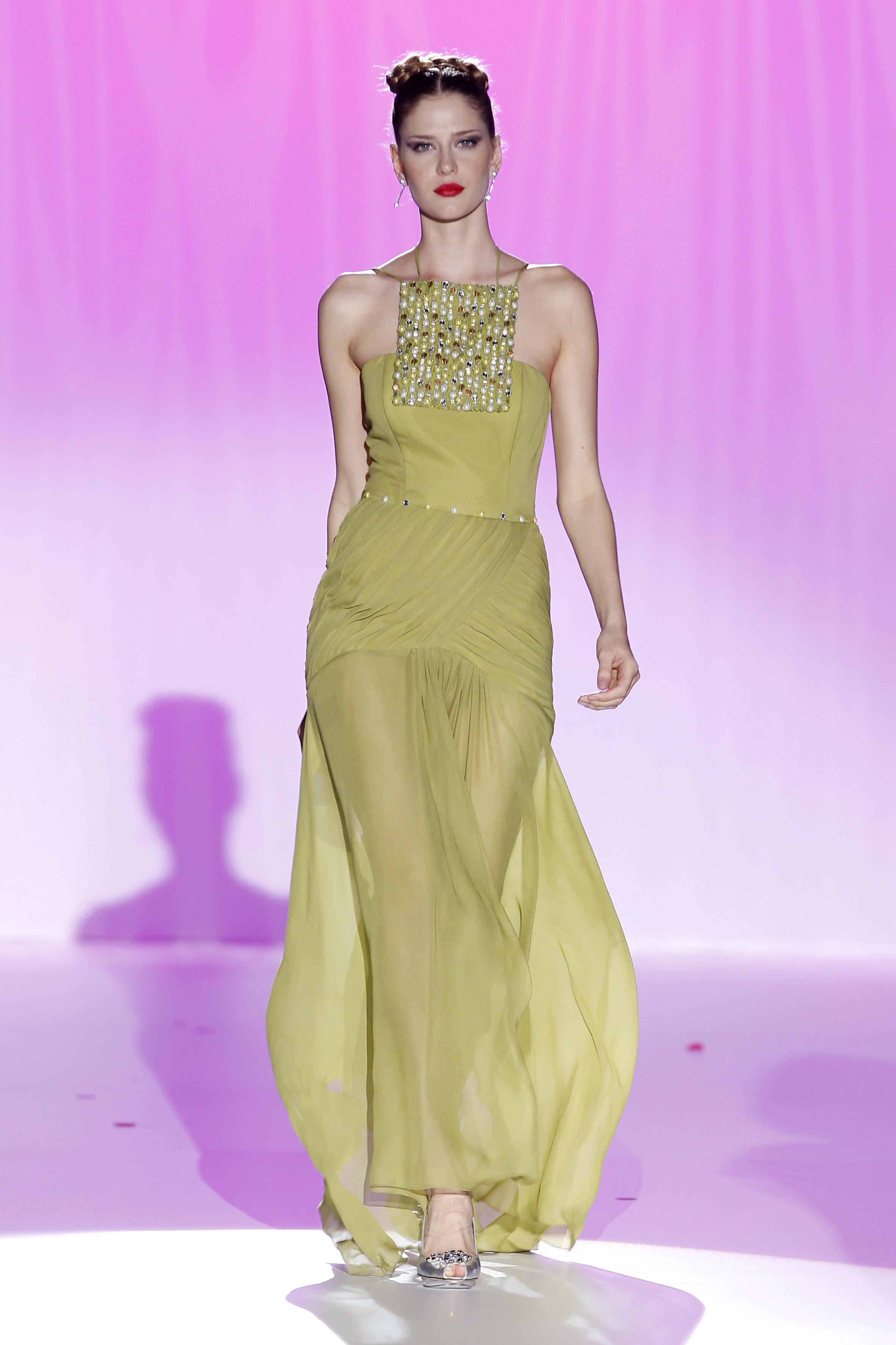 Bonito Vestidos De Novia 2012 Modelo - Colección de Vestidos de Boda ...