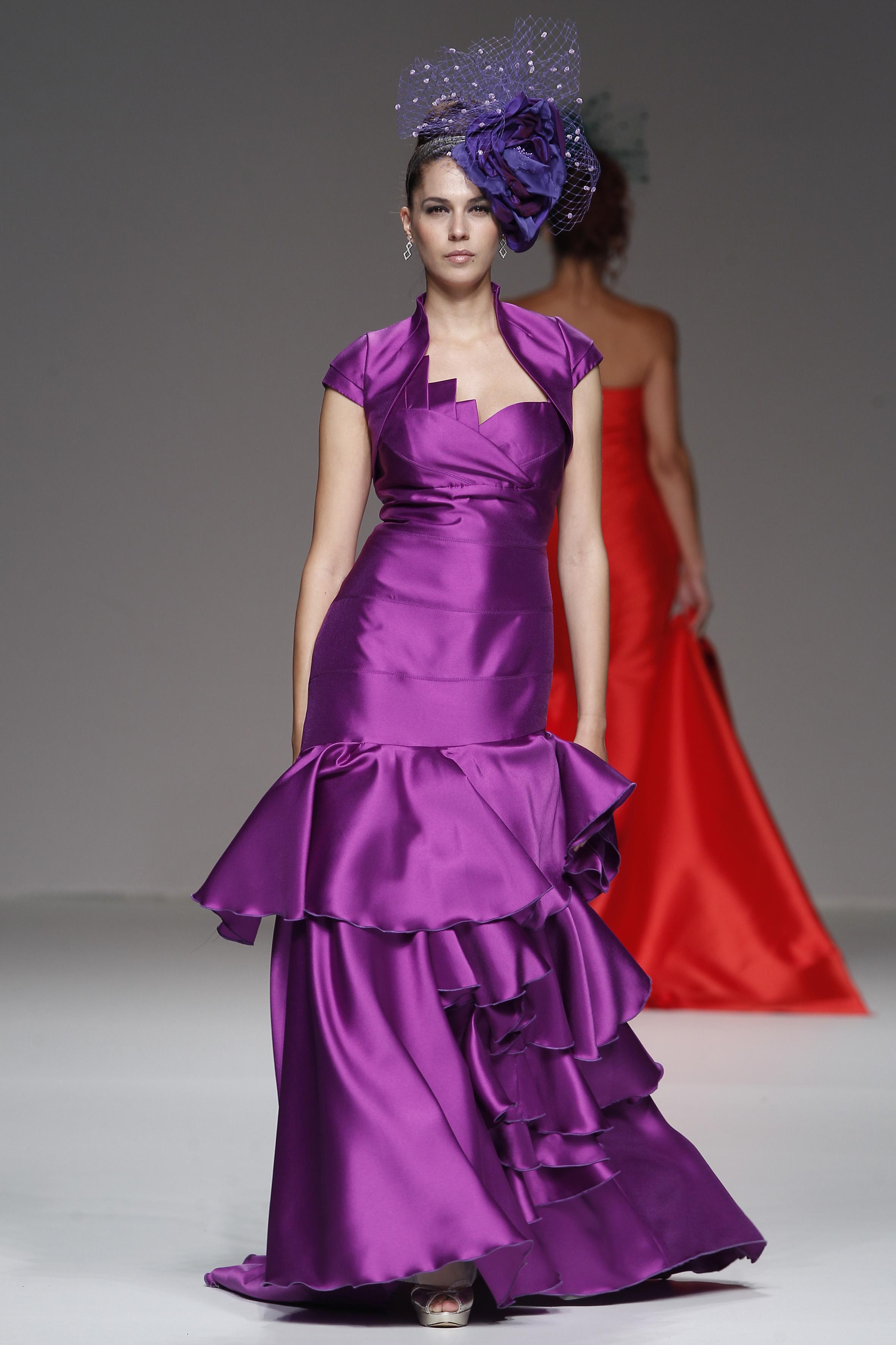 Perfecto Vestidos De Novia De Encaje 2012 Ilustración - Vestido de ...